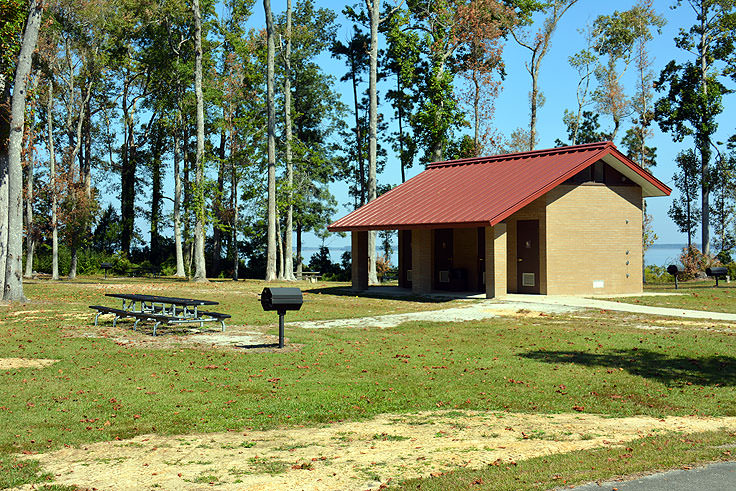 Restrooms are available at Neuse River Recreation Area